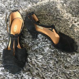 Black Peep Toe Kitten Heels - Kimchi Blue